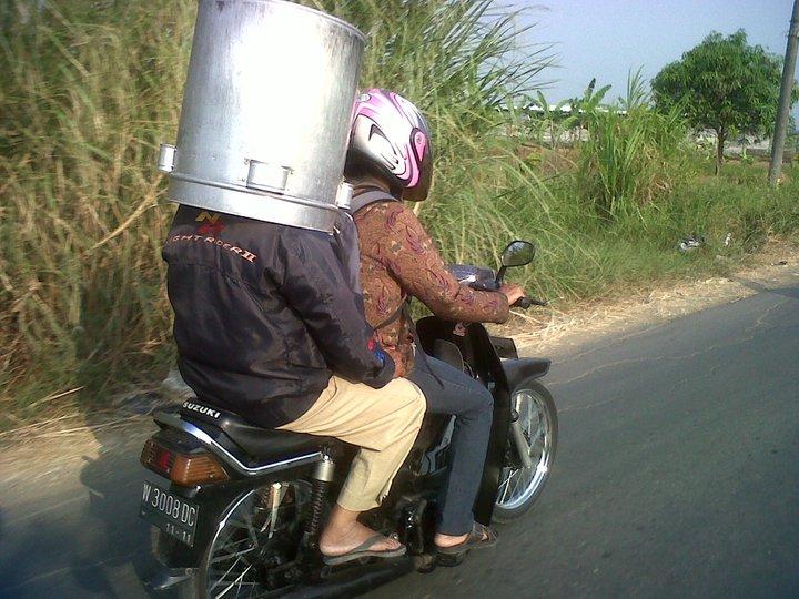 dandang dibuat helm