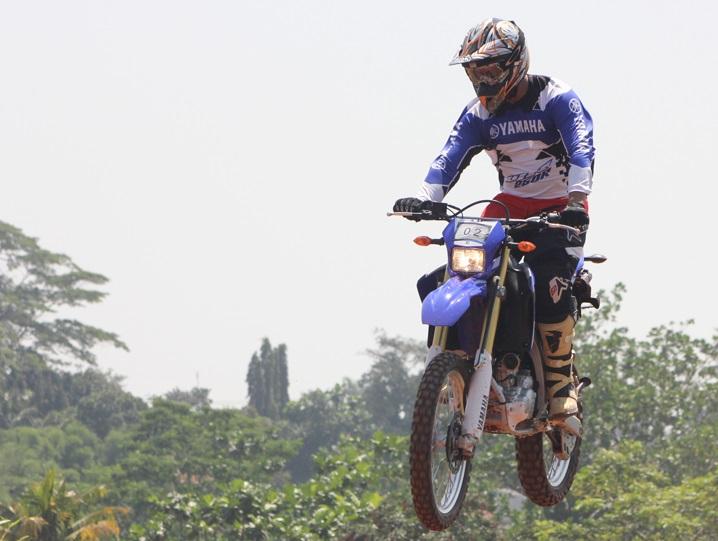 Test ride Yamaha WR250R di sirkuit PPC Motocross Pondok Cabe Tangerang Selatan (3)