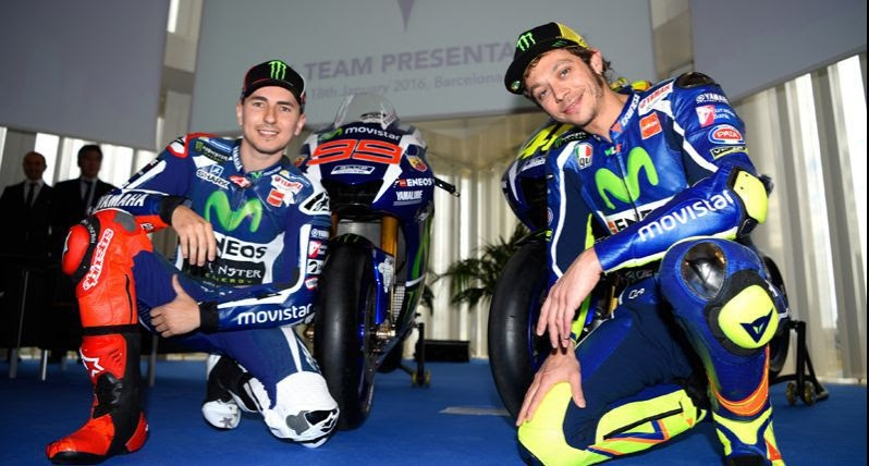 The 2016 Yamaha YZR-M1 revealed in Barcelona, Spanyol  with Valentino Rossy and Jorge Lorenzo