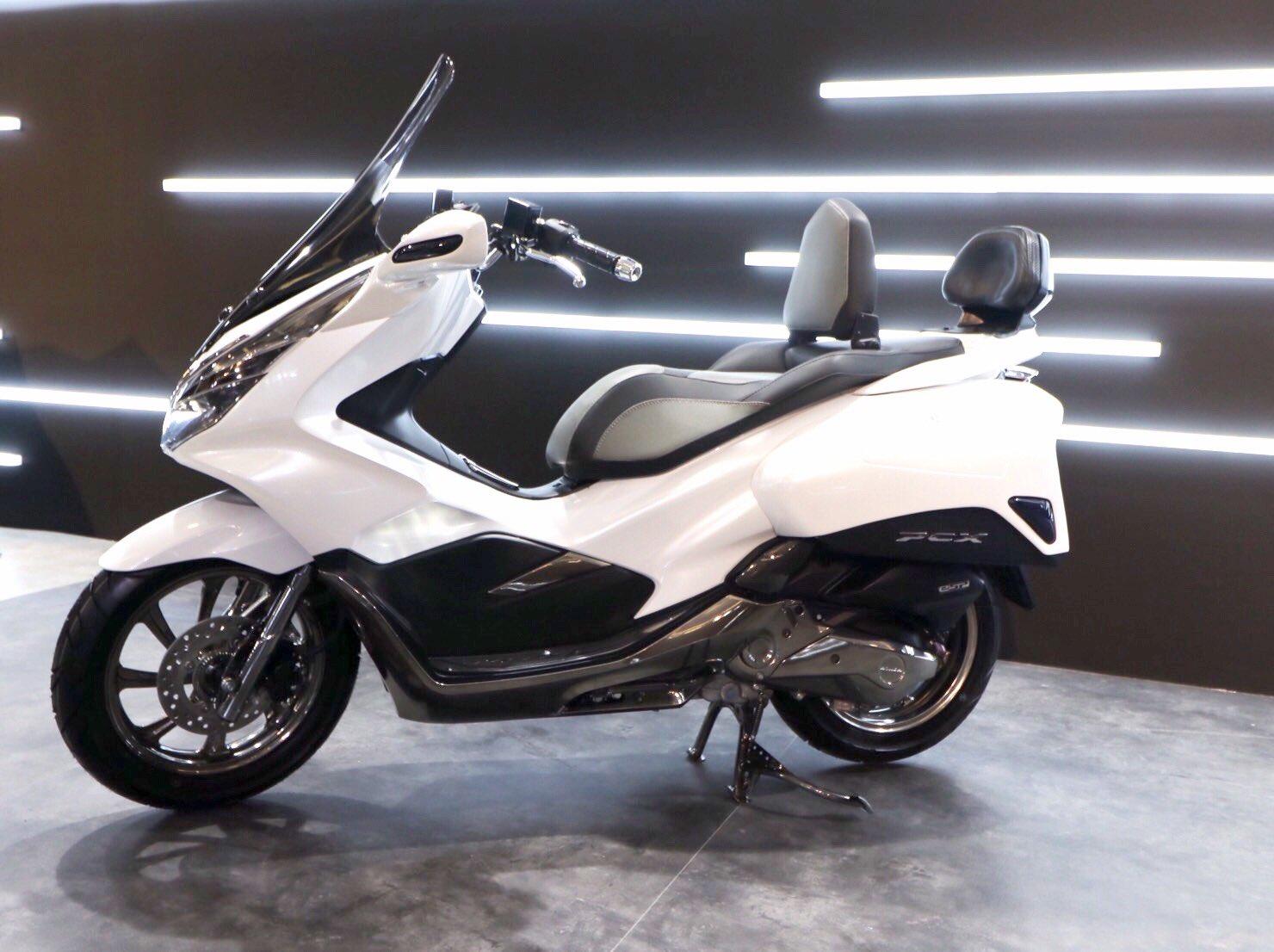 Honda Forza 250 2018 >> Modifikasi Honda PCX 150 Indonesia tahun 2018 versi Exlusive Touring – setia1heri.com