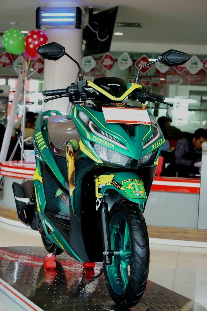Lelang Honda Vario 150 tahun 2018 livery Bonek Persebaya