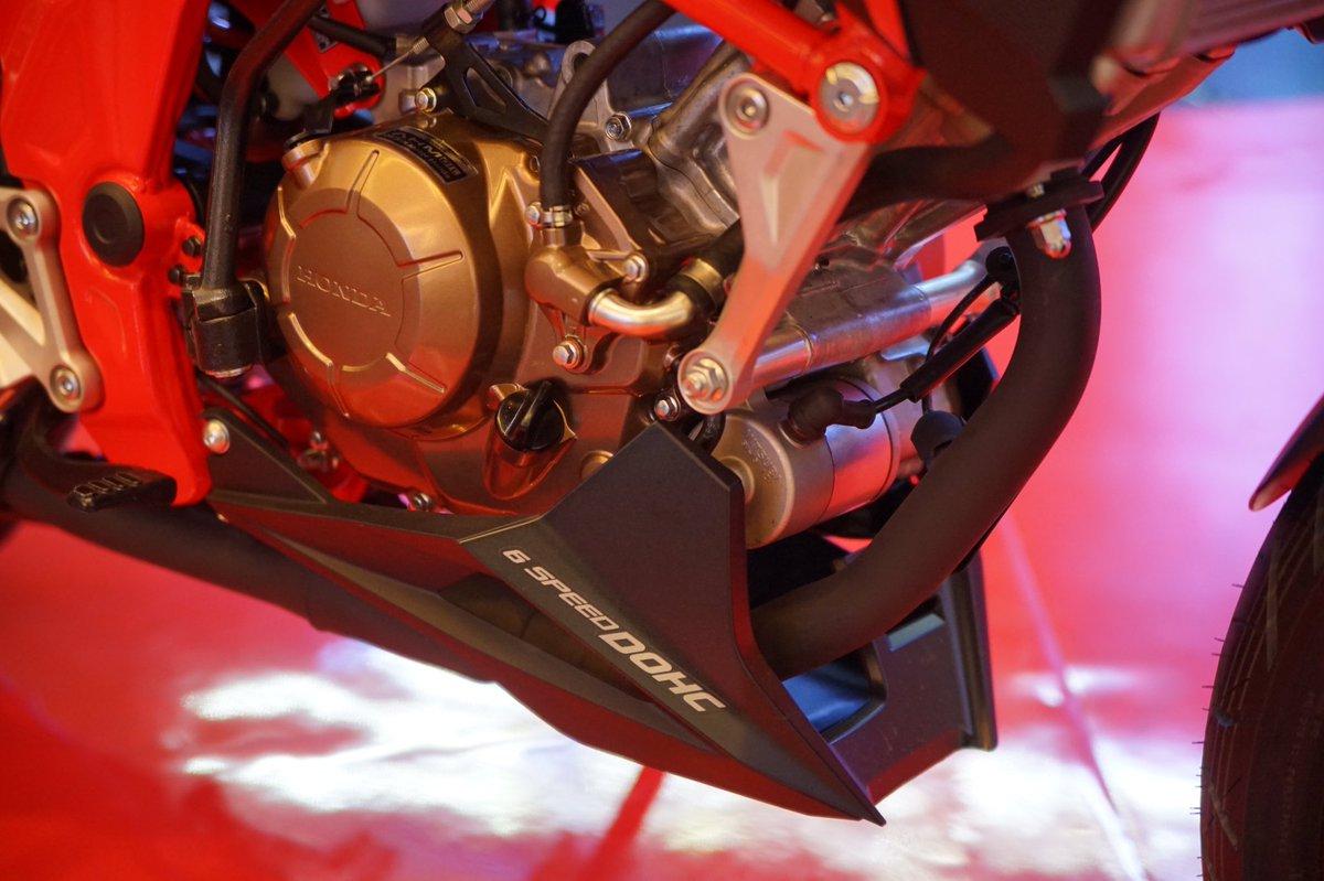 Undercowl Cb150r Streetfire Merah3 Daftar Harga Terbaru Dan Sticker Body Kiri Merah New 871x0k15980zal Honda Tahun 2018 Ini Perubahannya Brosis
