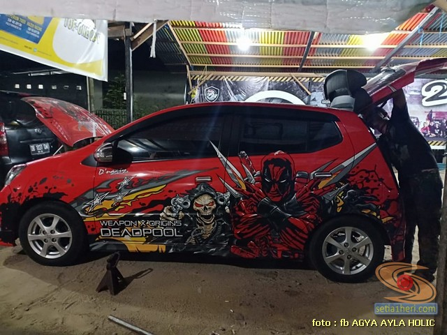 Kumpulan gambar modifikasi cutting sticker mobil Agya dan Ayla 2