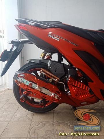 Modifikasi All New Honda Vario 150 merah merona ala sultan brosis 10